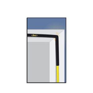 Die animierte Grafik zeigt einen Seilschutz Beal Protector bei der Anwendung auf einer Kante.