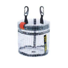 Das Bild zeigt das Beal Glass Bucket. Die durchsichtige Materialtasche ist in Bildmitte zu sehen. Man erkennt sofort ihre Funktion als Materialtasche mit Blick auf den Inhalt.