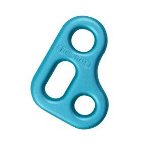 Das Bild zeigt die Kong Slyde Positionierungshilfe. Die blaue Alu Platte ist in Bildmitte zu sehen. Man erkennt die zwei Schlitze für das Seil bzw. die Karabineröse.