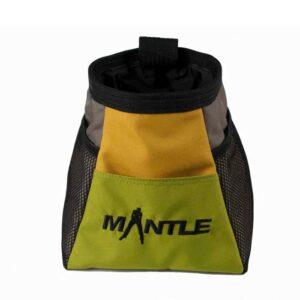 Das Bild zeigt das grün-gelbe Modell der Boulderbags MAntle von der Seite. Man erkennt die Produktdetails sowie das schwarze Logo.