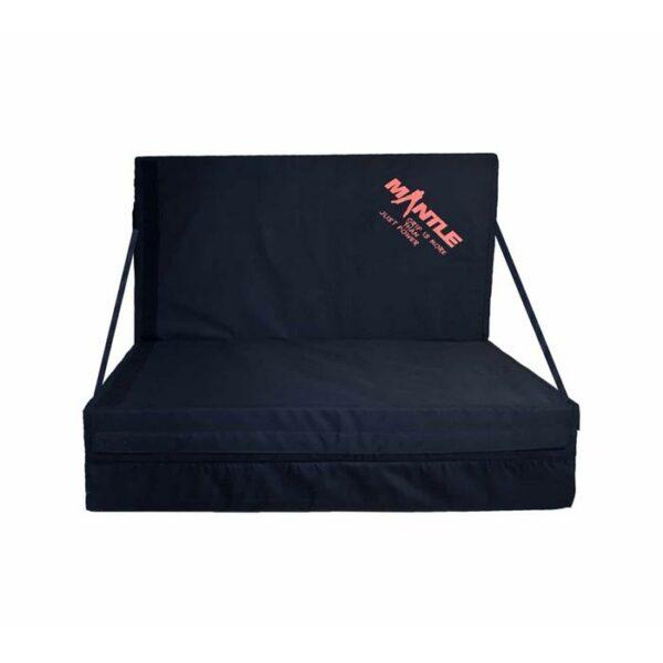 Das Bild zeigt ein Crashpad Sofa.