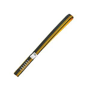 Das Bild zeigt eine schwarz-orange Expressschlinge Nylon 26cm auf einem weißem Quadrat.