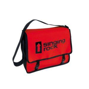 Das Bild zeigt die Singing Rock Monty Bag Bouldertasche in rot mit schwarzem Logo Schriftzug.