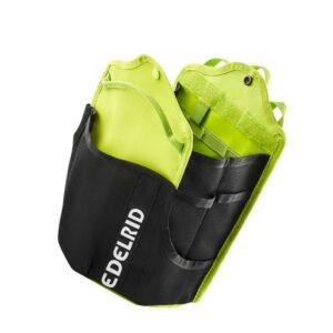 Das Bild zeigt die schwarz-grüne Edelrid Flask Werkzeugtasche mit weißem Edelrid Schriftzug.