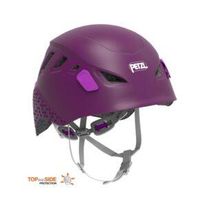 Das Bild zeigt den Petzl Picchu Kinderkletterhelm in der Farbe Violett. Man erkennt die Außenschale mit Belüftungsschlitzen, die Kinnriemen und die Verstellräder des Tragesystems.